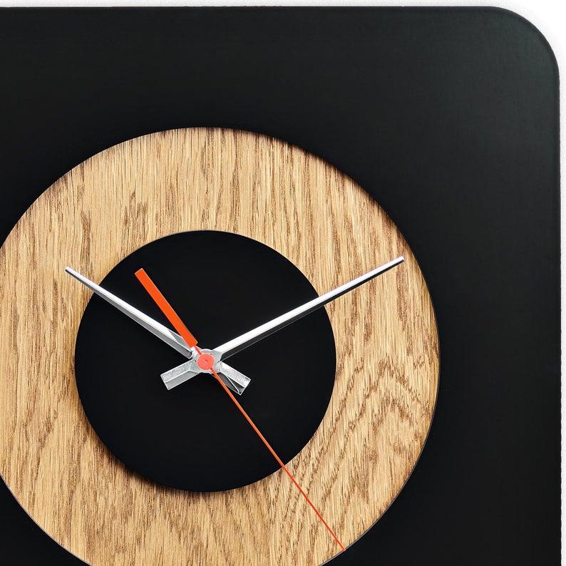ساعت دیواری دو رنگ جدید