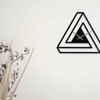 ساعت دیواری مثلثی شکل