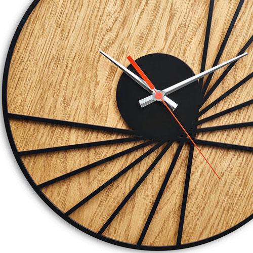 ساعت دیواری طرح چوبی