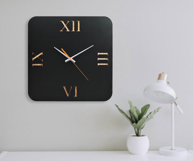 ساعت دیواری مدل black art