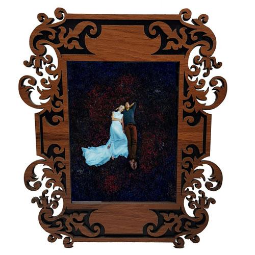 قاب عکس چوبی