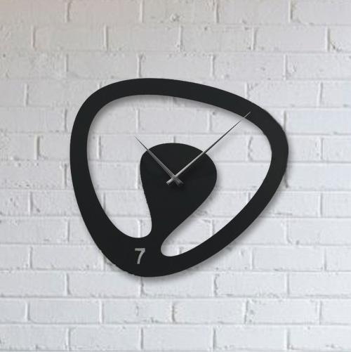 ساعت دیواری مشکی مدرن اورانوس