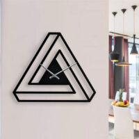ساعت دیواری به شکل مثلث