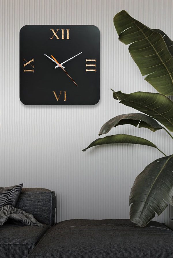 ساعت دیواری مدل black art جنس ترکیب چوبی MDF و پلکسی گلس